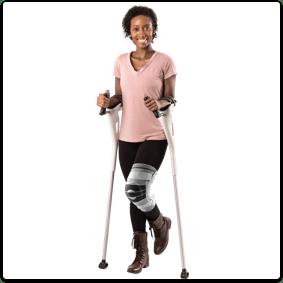Diapo 6 : Personne équipée de M+D Crutches.