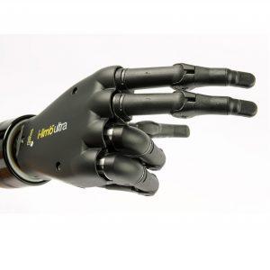 Prothèse de main i-Limb, pointant vers la droite avec l'index et le majeur.
