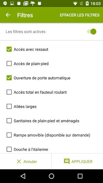 Diapo 3 : Page des filtres de recherche de l'application Jaccede. Les filtres sélectionnés sont: 'Accès avec ressaut' et 'Ouverture de porte automatique'.