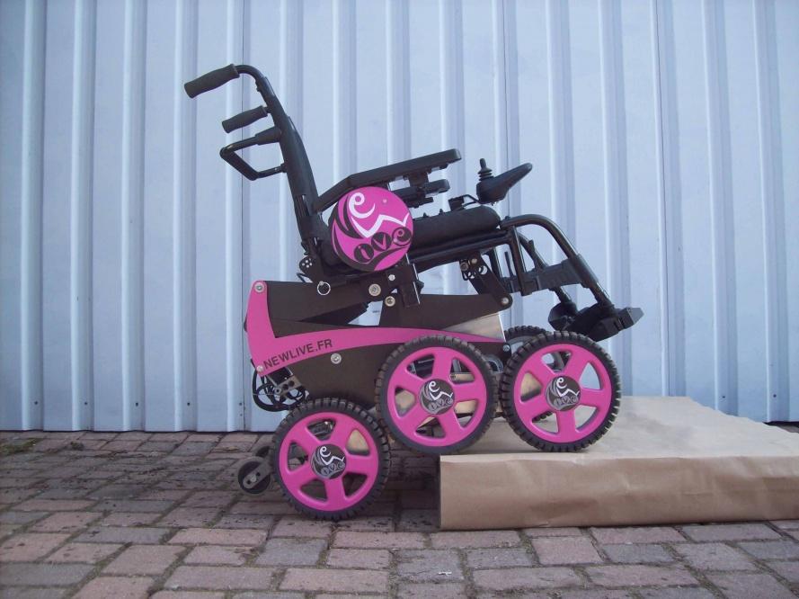Diapo 3 : Image du fauteuil Magix de New Live en rose