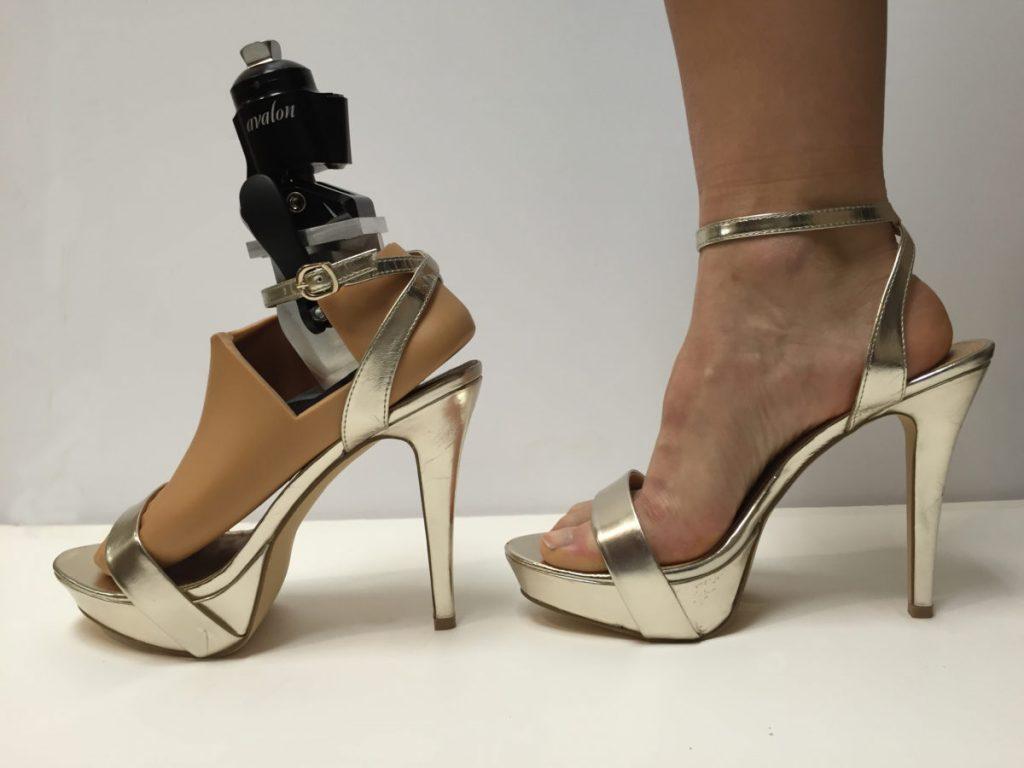 Diapo 1 : Photo de la prothèse pour talons