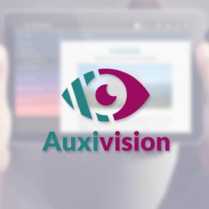 Logo d'Auxivison avec en arrière plan une tablette que quelqu'un avec un trouble de la vision regarde