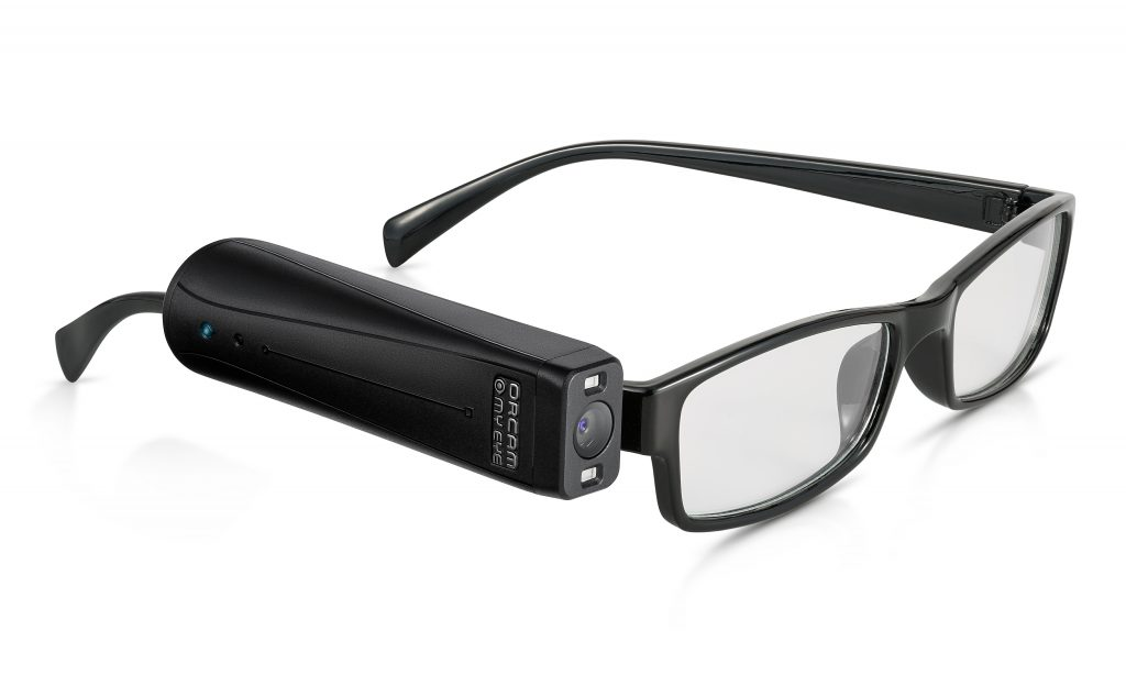 Diapo 2 : photo qui représente les lunettes orcam