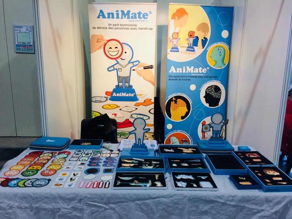 Diapo 2 : stand avec des figurines AniMate