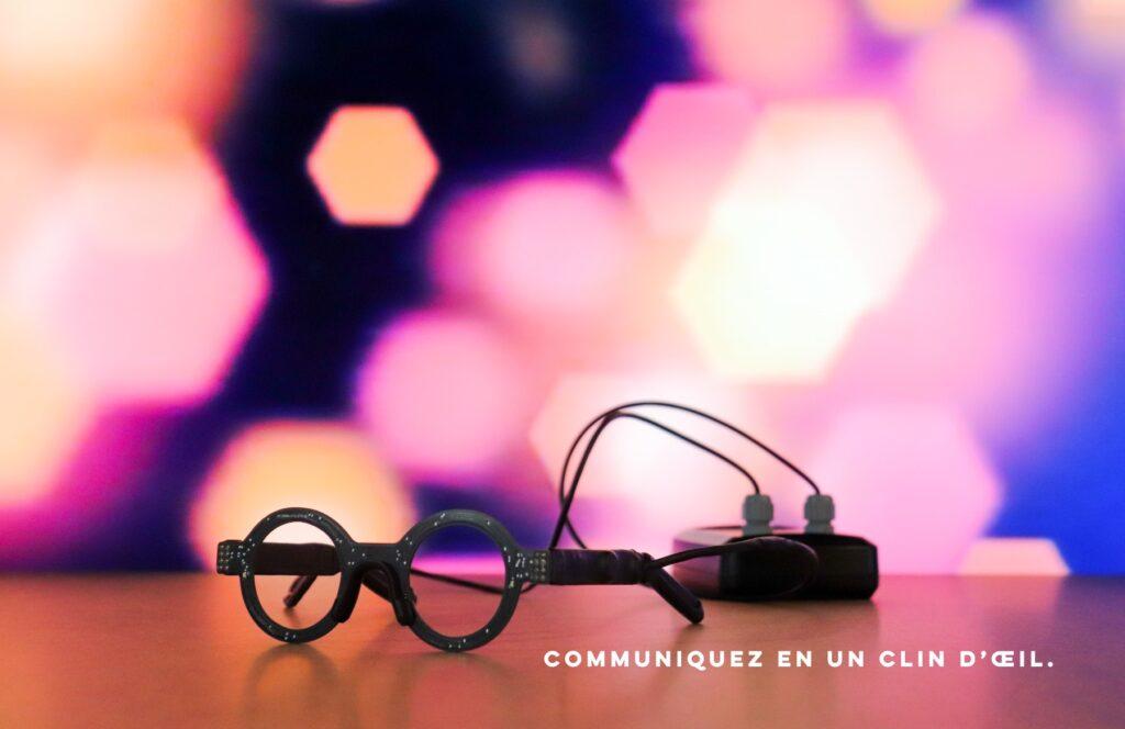 Diapo 6 : Phot des lunettes Wyes reliées à un boitier