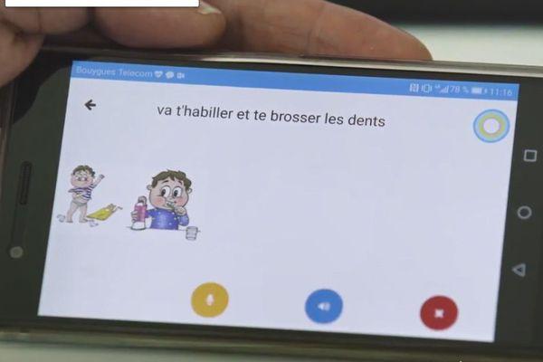 Diapo 5 : Helpicto sur un téléphone qui traduit la phrase 'va t'habiller et te brosser les dents' avec des images