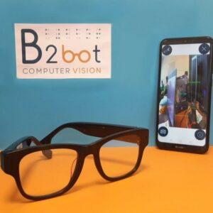 Lunettes B2Bot accompagnées d'un smartphone