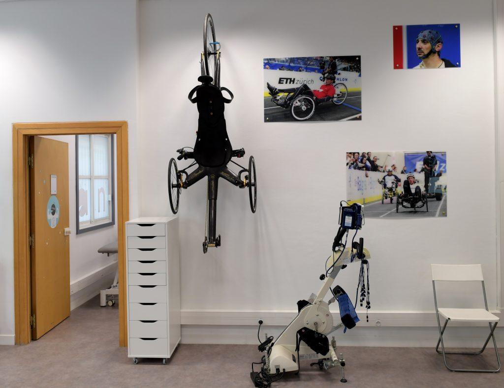 Diapo 3 : photo qui représente les équipements de la salle de sport ANTS
