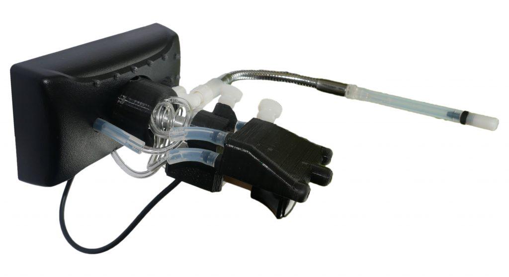 Diapo 4 : handi joystick_la manette adaptée de Bluelinea