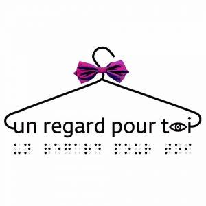 Diapo 2 : cette image contient le logo de l'association un regard pour toi