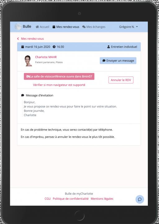 Diapo 6 : Image de l'application MyCharlotte sur un smartphone montrant le procédé d'un rendez-vous en visio avec un professionnel