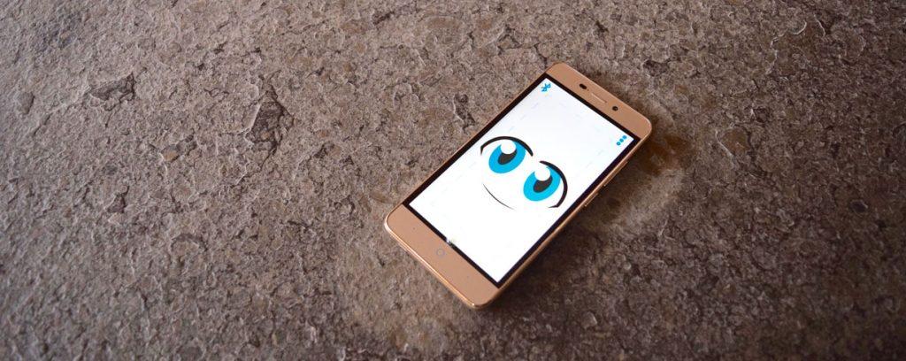 Diapo 4 : L'OlgaPhone sur une table
