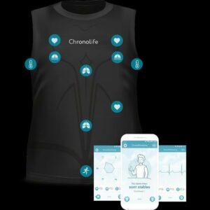 Le Tshirt  avec où sont positionnés les capteurs ainsi que des captures d'écran de smartphone de l'application
