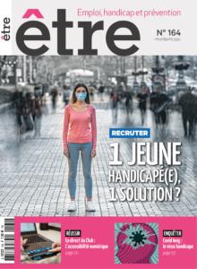 La page de couverture du magazine être, numéro 164, on voit une jeune femme portant un masque sur une place avec du monde autour, ainsi que le titre du magazine.